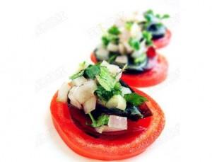 惊喜的蔬菜汉堡VS南瓜粉蒸排骨